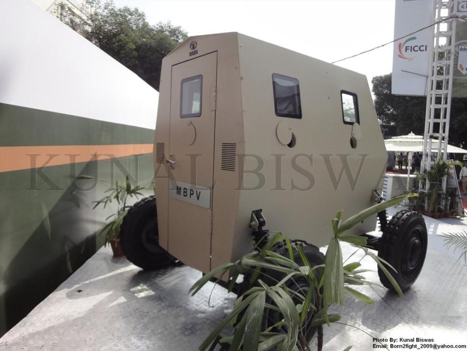 印度TATA公司在防务展上展示的迷你防弹车