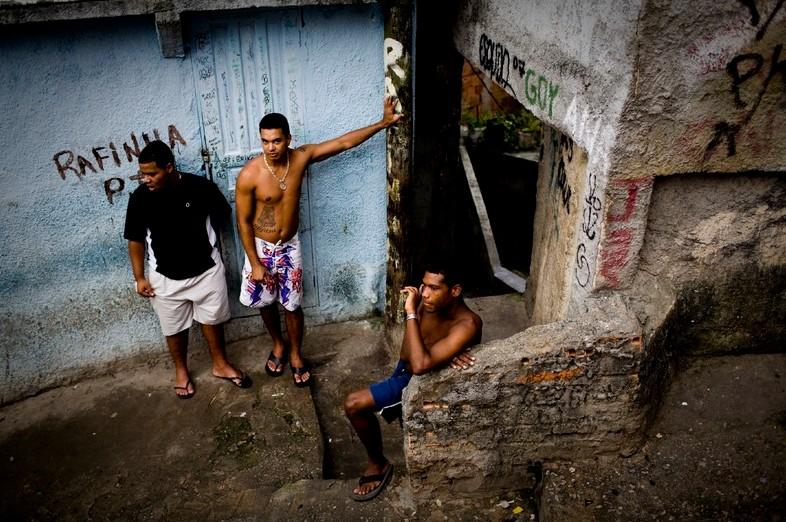 暴力之城里约热内卢的生与死