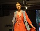 哈萨克斯坦时装周模特