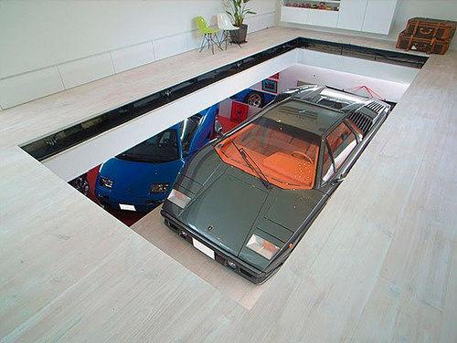 展示了世界上最有趣的、有创意的、独特的车库.  2007年,日高清图片