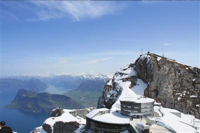 游览瑞士古城琉森 感受一湖一世界魅力