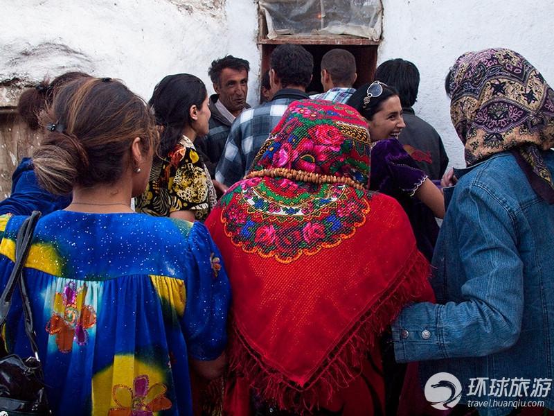 高清大图:塔吉克斯坦小村婚宴全纪录