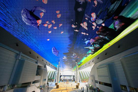 生动逼真的电子艺术馆 世博数字画廊图片