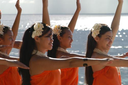 关岛vs塞班 选一个离中国最近的海岛度假