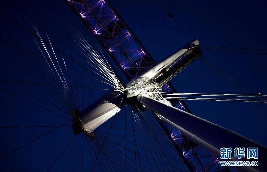 伦敦夜色迷人 静候奥运到来