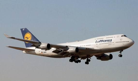 是世界上最易识别的客机之一,亦是全世界首款生产的宽体民航客机,由