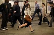 街头摄影:奔赴地铁
