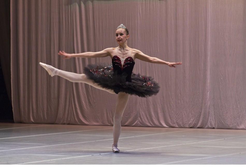 脚尖上的唯美!实拍芭蕾舞者女孩的幕后人生[组
