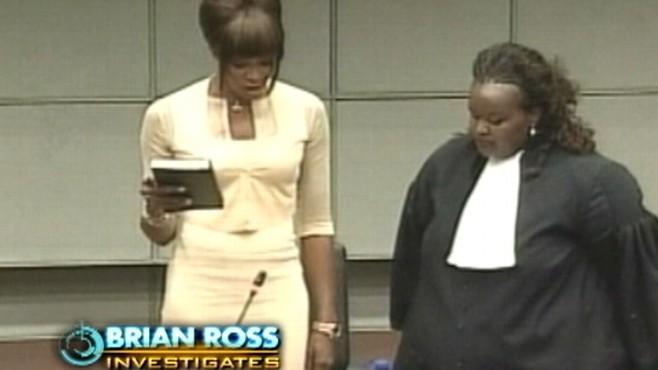 泰勒/利比里亚前总统被判煽动战争罪赠女超模多颗血钻(1/2)
