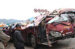 云南交通事故9死36伤