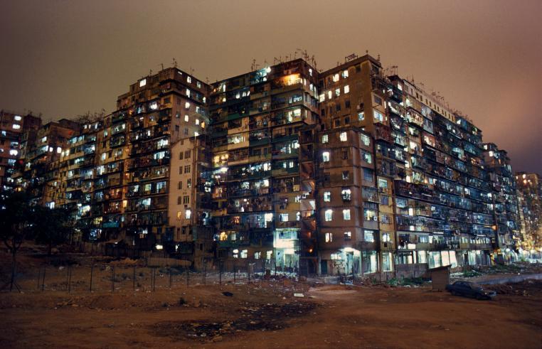 香港最新资讯_黑暗之城︰三不管的九龙城寨_摄影_环球网