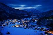 风光摄影:黄昏时的日本小山村