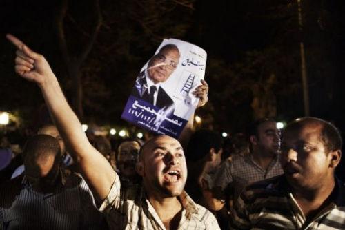 """埃及走出""""革命怪圈""""需要勇气"""