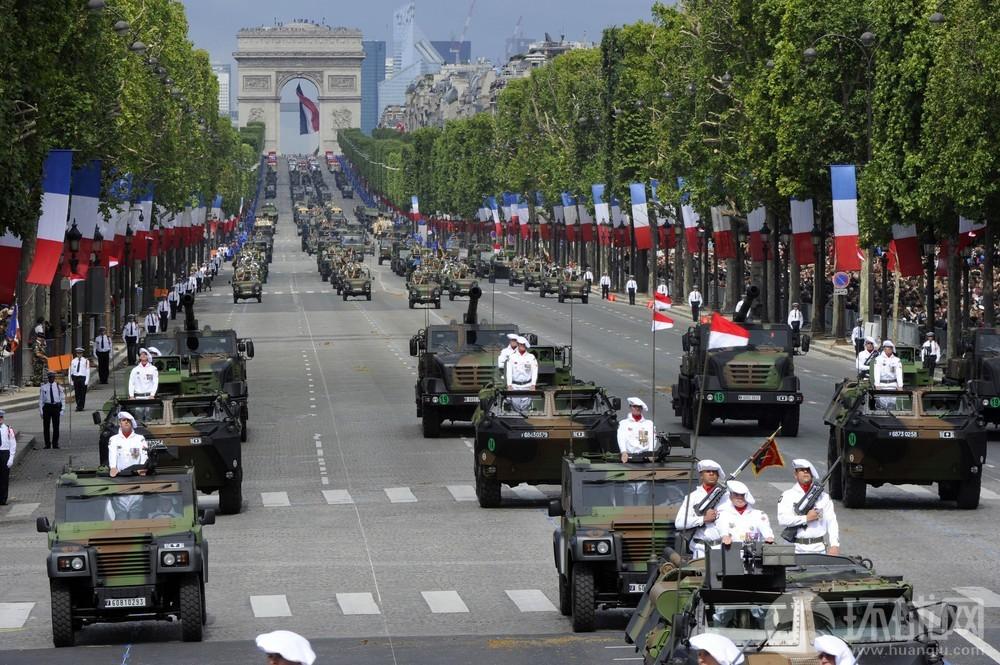 民主国家也阅兵:法国庆日盛大阅兵式(56/59)