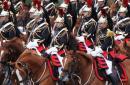 民主国家也阅兵:法国国庆日举行盛大阅兵式