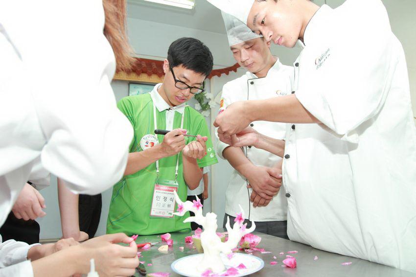 计蒜客创始人兼CEO俞昊然:学力比学历更重要