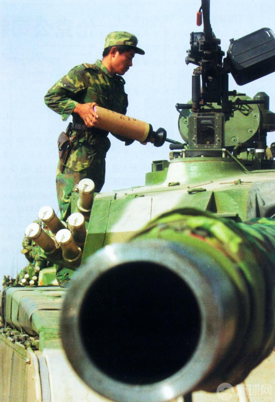 中国 世界 解放军/解放军新一代轻型坦克震撼曝光性能世界第一(16/20)