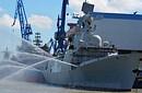 中国海军054A新护喷水