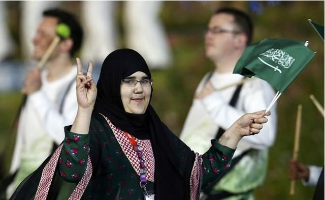 沙特柔道女将父亲称女儿若不能系头巾出赛将退赛