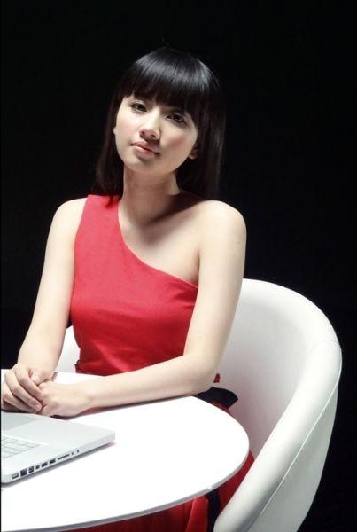 刘惜君演唱电影 伤心童话 插曲