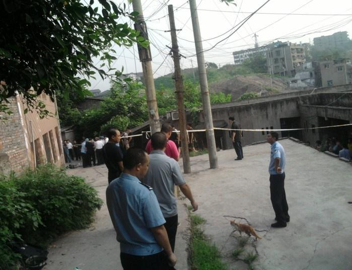 重庆童家桥附近出现了交通拥堵.图/allen-悍匪周克华14日被击毙图片