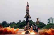 印度试射一枚新型短程弹道导弹
