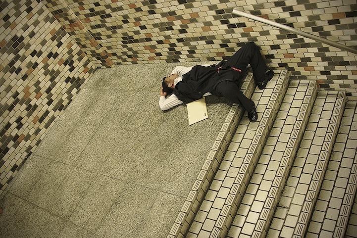 人像摄影:疲惫的日本人