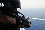 我护航编队特战队演练反海盗