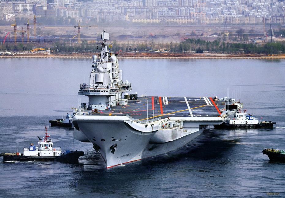 """认为,被称为""""中国航母之父""""的刘华清上将出生于1916年,这个舷"""