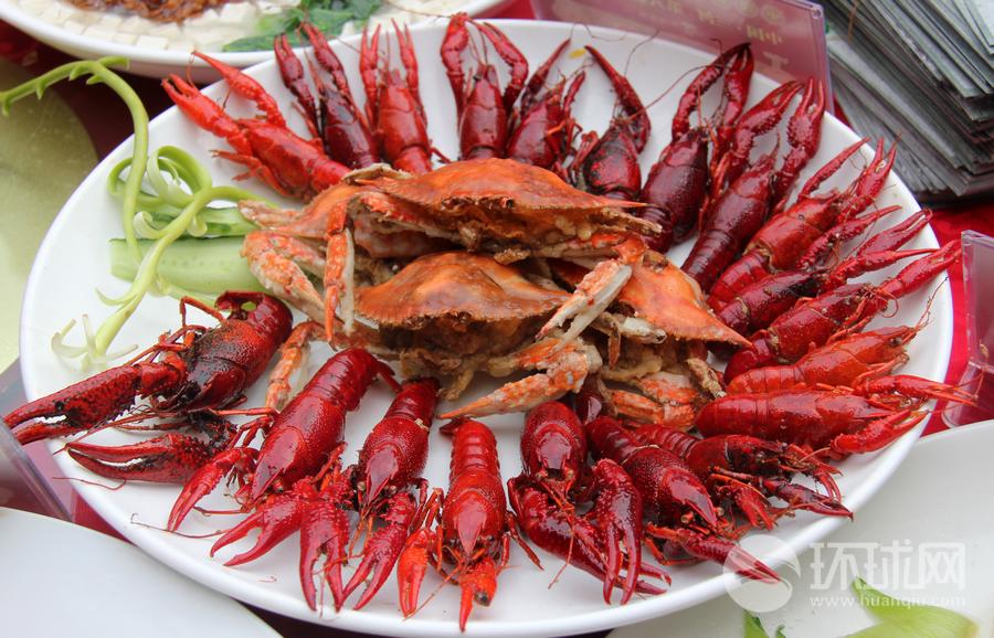 在舌尖上品味中国第一美食文化古镇:三河镇