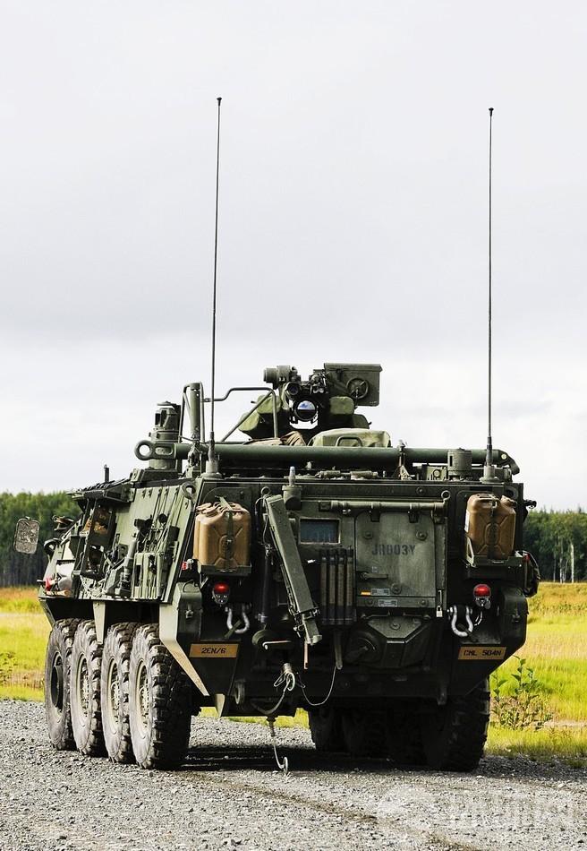 中国装甲侦察车视频_美军防核防生化装甲侦察车_军事_环球网
