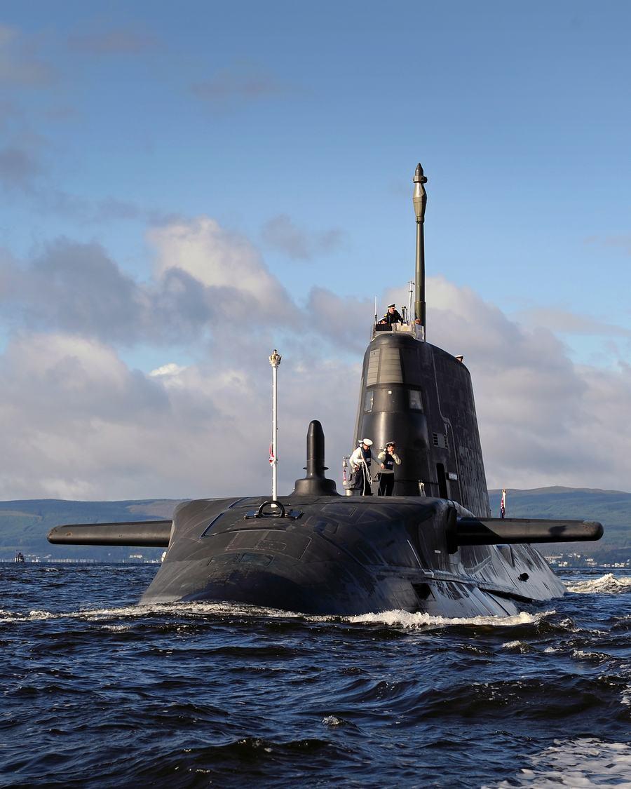 看看 英镑/看看12亿英镑造的潜艇有何能耐(6/10)