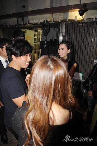 与搭档的韩国艺人讨论-张柏芝东方神起合作 录韩国人气节目