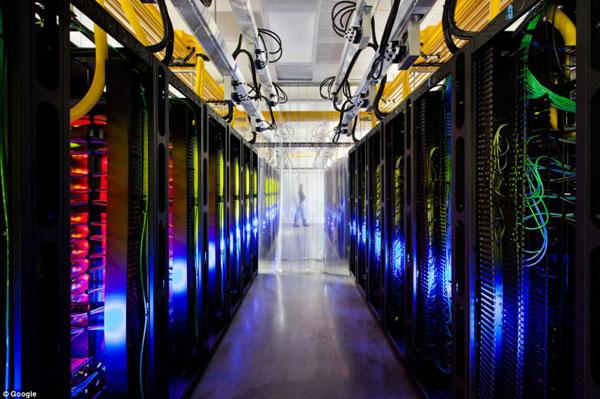 谷歌八大数据中心内部首次曝光