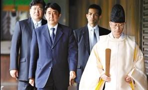 """""""拜鬼""""让日本遭遇世界舆论阻击"""