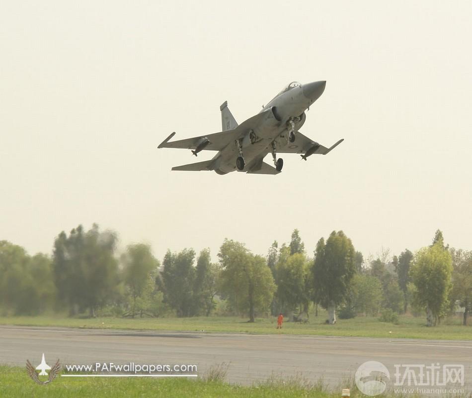完全揭秘JF17战机挂载能力