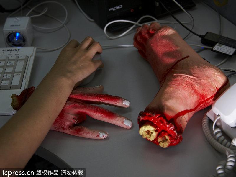万圣节9高清_万圣节重口味整人小物来袭 恶搞吓人必备(图)_旅游_环球网