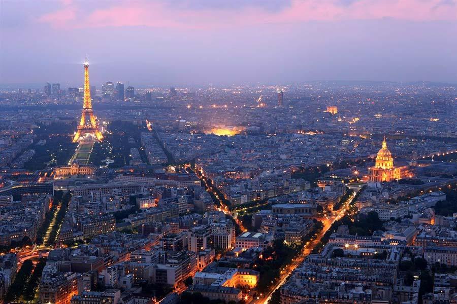 埃菲尔铁塔和巴黎