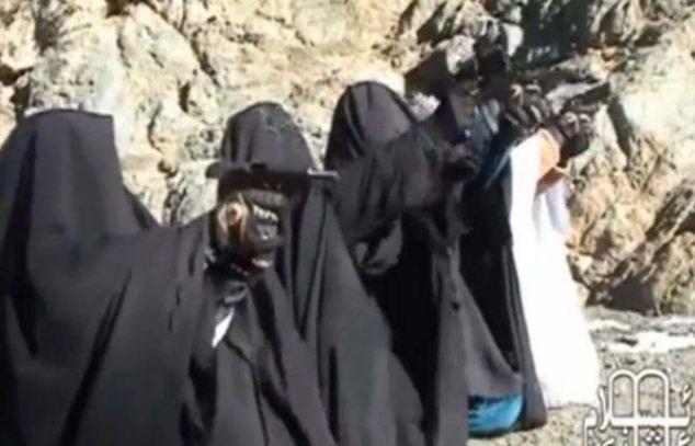 视频 恐怖组织/恐怖组织训练女性成员射击视频曝光(2/6)