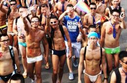 台湾5万同性恋大游行