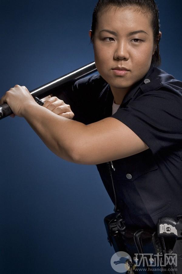 美国洛杉矶警察局_看看洛杉矶警察装备怎么样_军事_环球网
