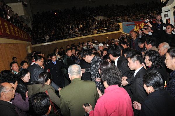 毛泽东女儿女婿江苏出席活动受追捧