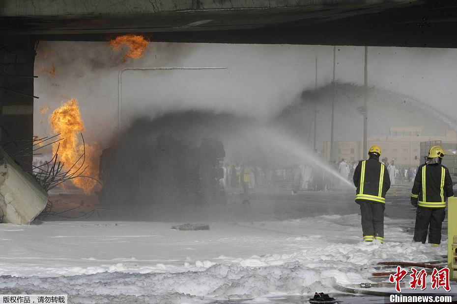 沙特首都爆炸百余人死伤