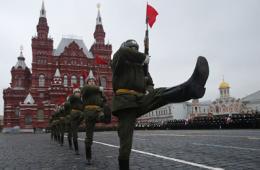 俄罗斯举行阅兵式彩排 纪念1941红场大阅兵