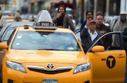 """纽约""""油荒""""加剧 警方加强巡逻"""
