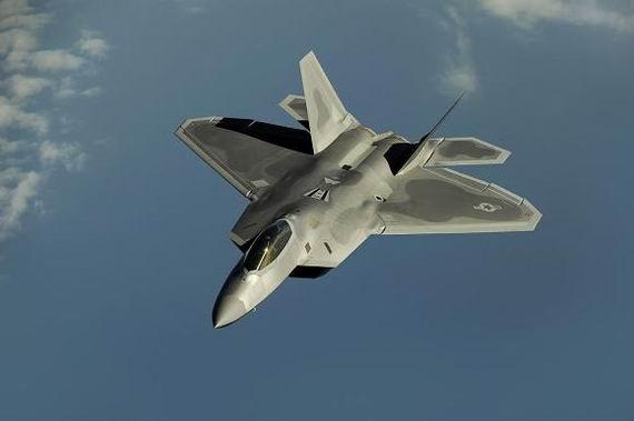 先锋影??f?y?(_美空军飞行员称f22是昂贵的错误 f35也是灾难