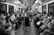街头摄影:在地铁上大叫