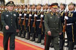 梁光烈举行仪式欢迎俄罗斯国防部长