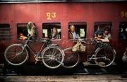 纪实摄影:印度火车上的故事