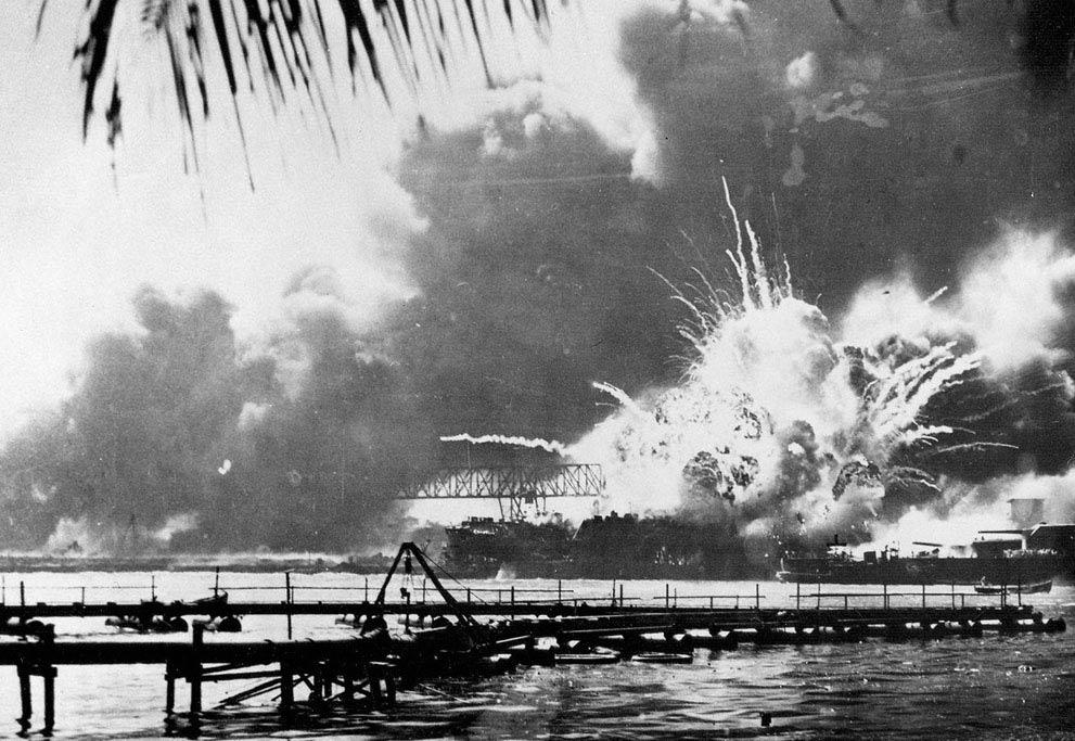 日本人認為二次大戰是從偷襲珍珠港開始,對之前侵略東亞的歷史則習慣性忽視